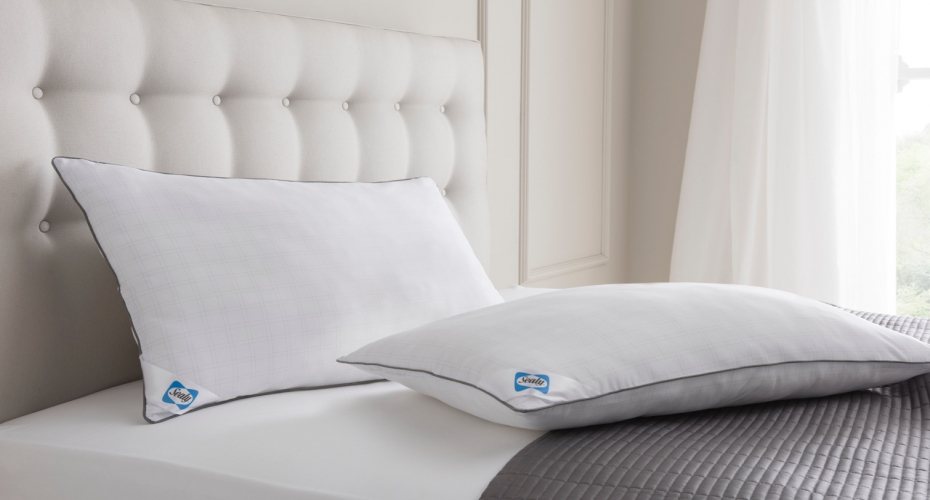 Product Review: Perfectly Plump Pillows