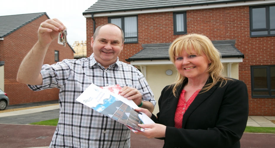 Coast & Country welcomes first shared ownership customer to its latest development
