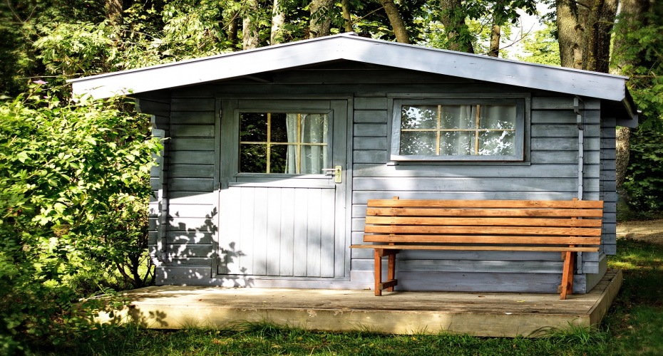 6 Reasons You Should Have A Garden Shed